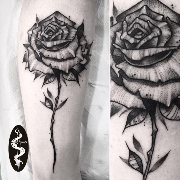 tatuaje-rosa-negra
